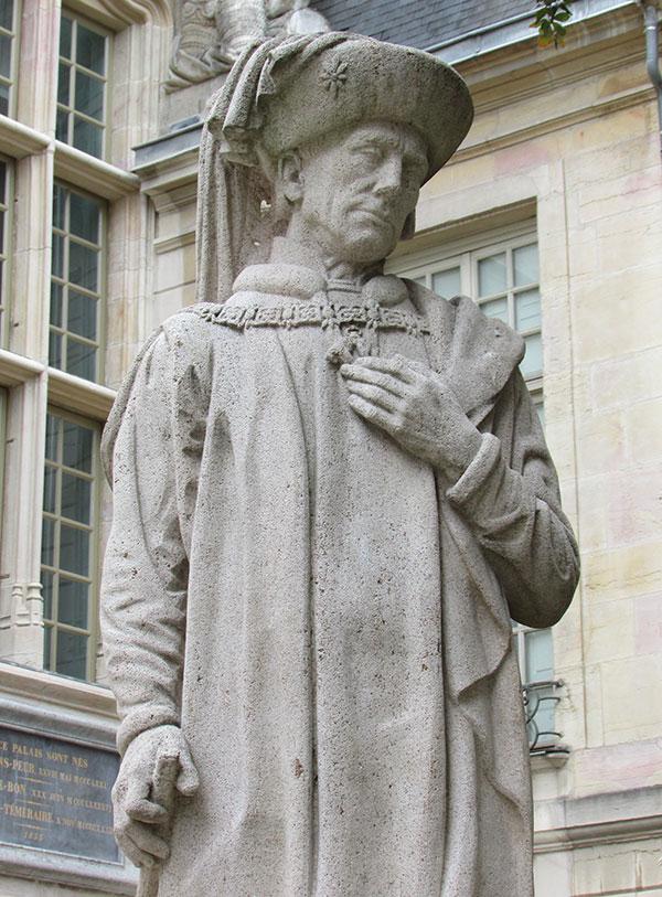 statue centre Dijon