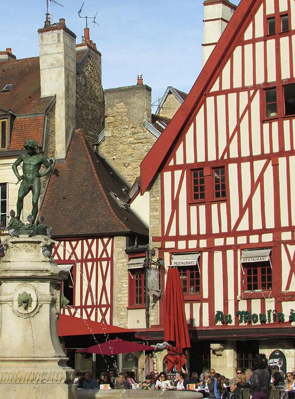 Place historique de Dijon