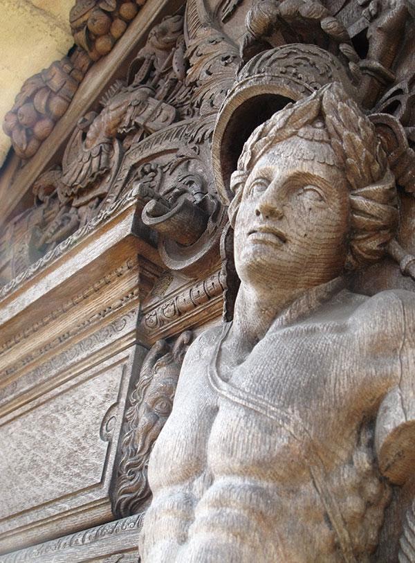 statue en bois centre Dijon