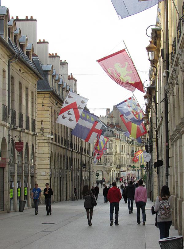 Rue Dijon centre